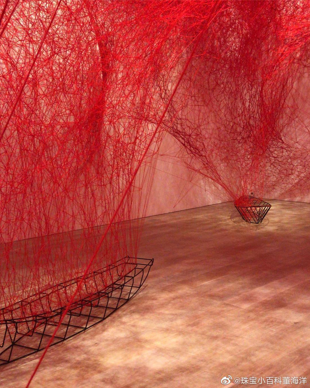 我是真滴欣赏不了现代艺术 ps. 塩田千春的展,在日本森美术馆