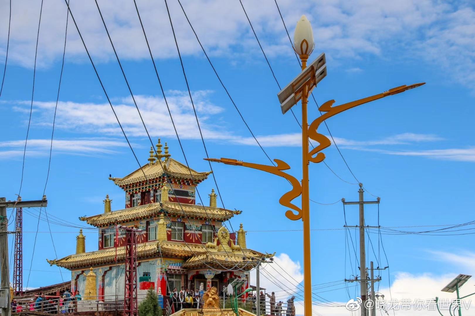 色达赖荣五明佛学院身体和心灵都在路上的地方