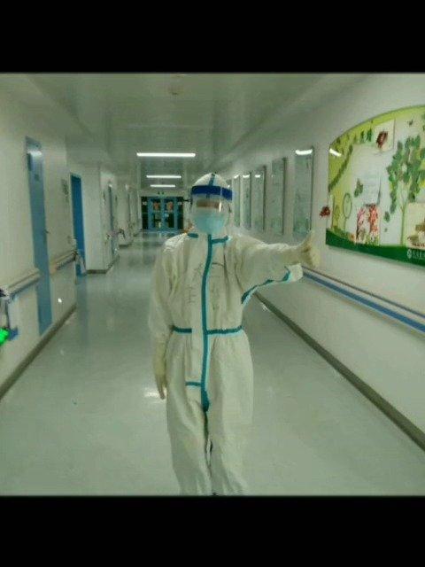 吉林大学中日联谊医院王先文教授创作诗歌 为白衣战士点赞