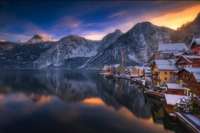 让我们静静地欣赏奥地利小镇哈尔施塔特。