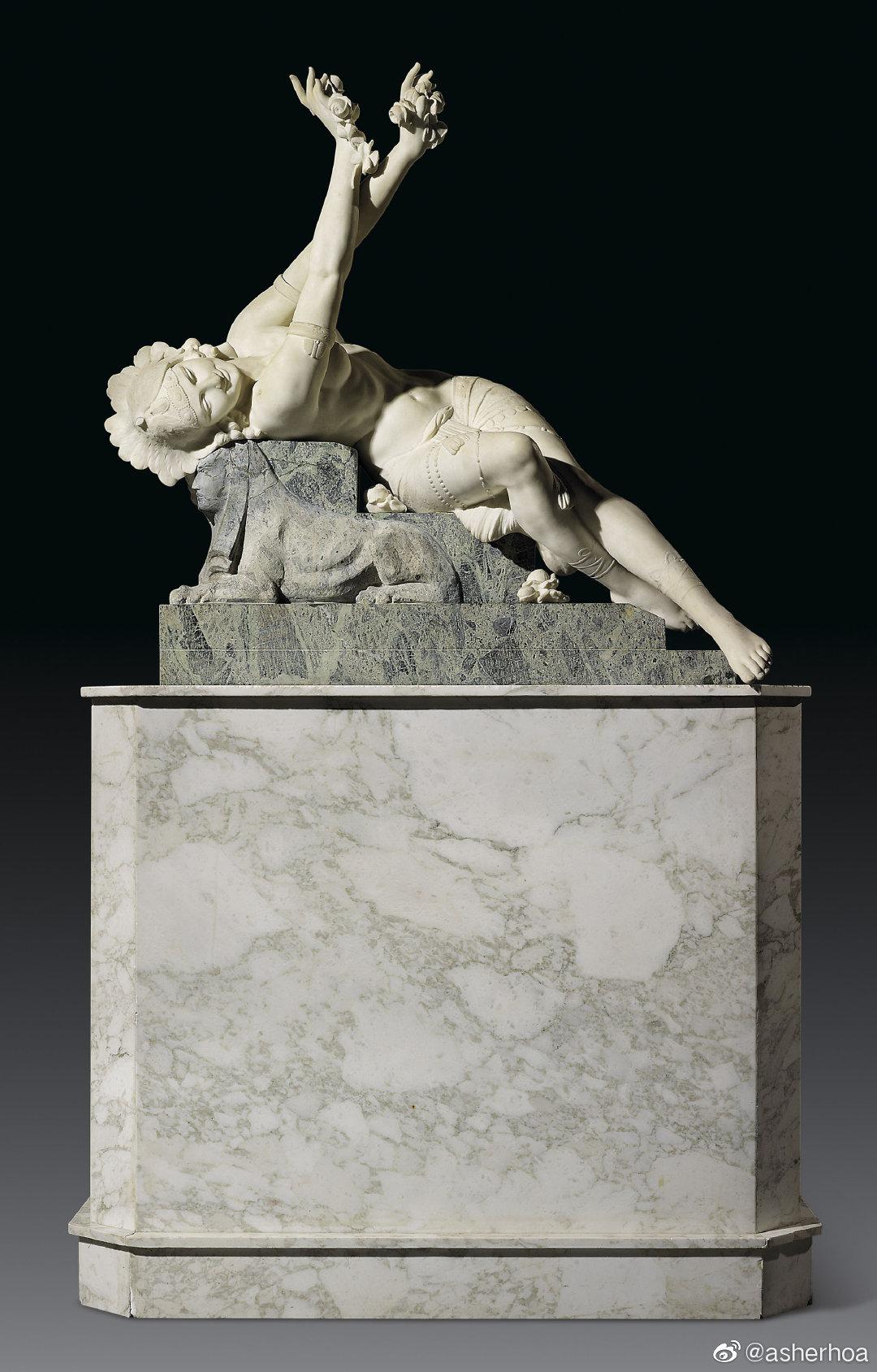 意大利雕塑家Danilo Cervietti的大理石作品《伊西斯的女祭司》