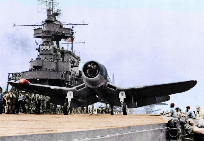VF(N)-101中队长理查德哈默与他的15号座机