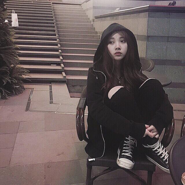 王茜 沈阳鲁迅美术学院环艺系本科大一 射手座 喜欢lol和旅游