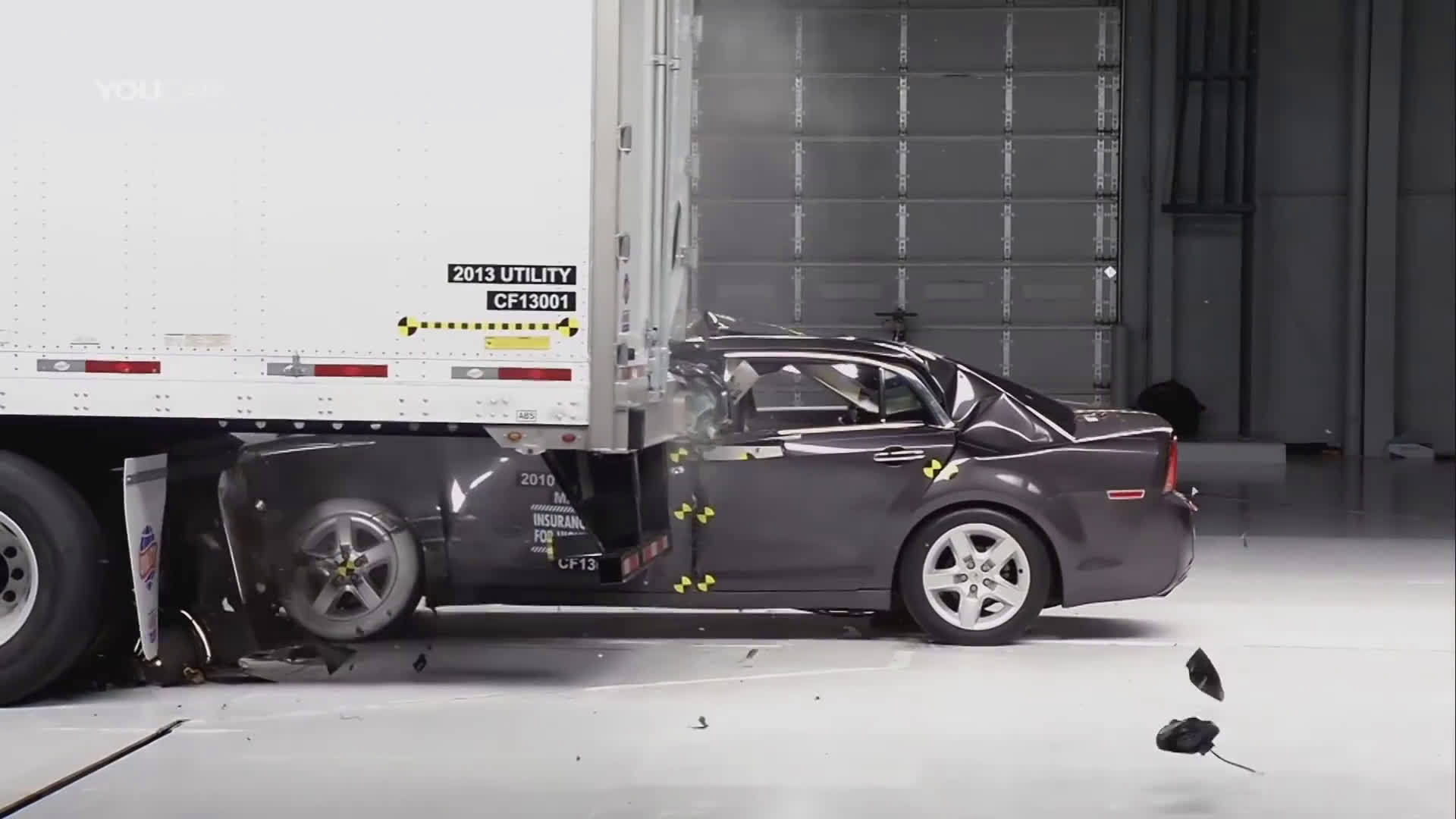 碰撞测试——Car vs Truck看完就知道为什么要远离大货车了