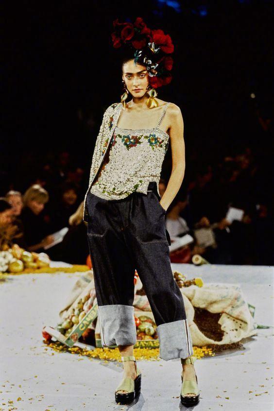 Jean Paul Gaultier Spring 1998    致敬佛里达·卡罗.