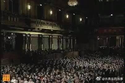 这首曲子是1999年中央民族乐团金色大厅新年音乐会上演奏的