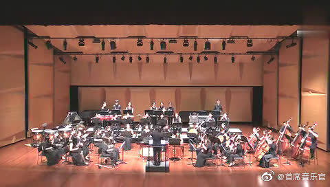 新加坡民乐团现场演奏《金蛇狂舞》,满满的中国年味,太带劲儿了!