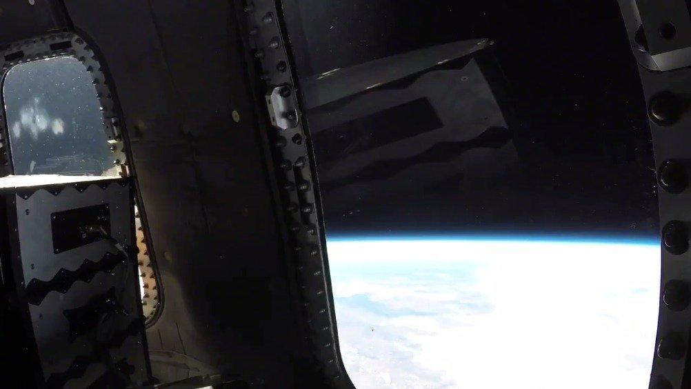 昨晚的新谢泼德号第12次试飞,蓝色起源公司还制作了一小段官方视频