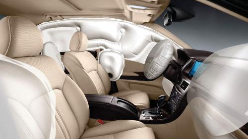 对于汽车的安全气囊的使用,需要注意哪些事项?