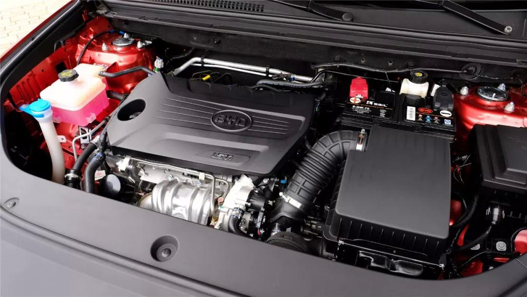 试车 颜值只是亮点之一,试驾比亚迪 宋Pro燃油版