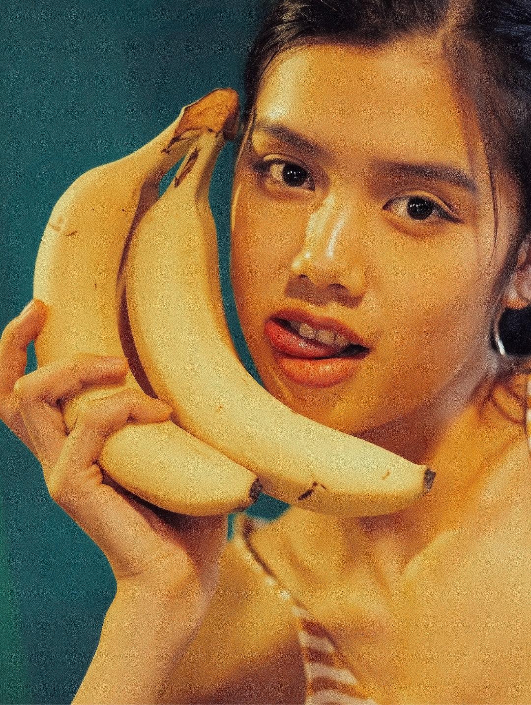 《香蕉少女唐语》