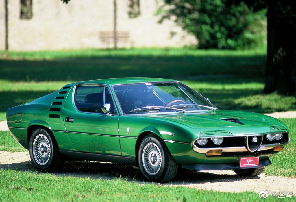 阿尔法·罗密欧Montreal V8,1970年开始量产