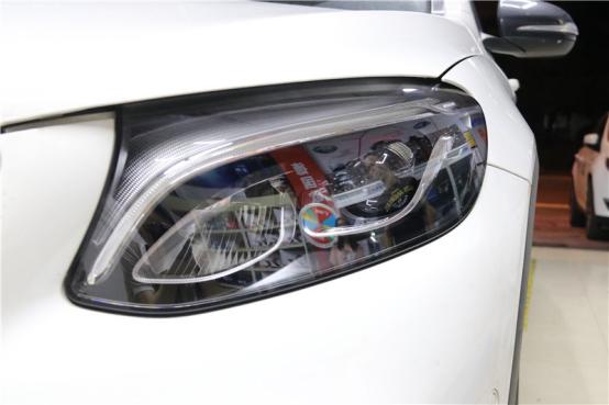 """""""黑科技""""的体现——GLC coupe升级全LED智能大灯"""