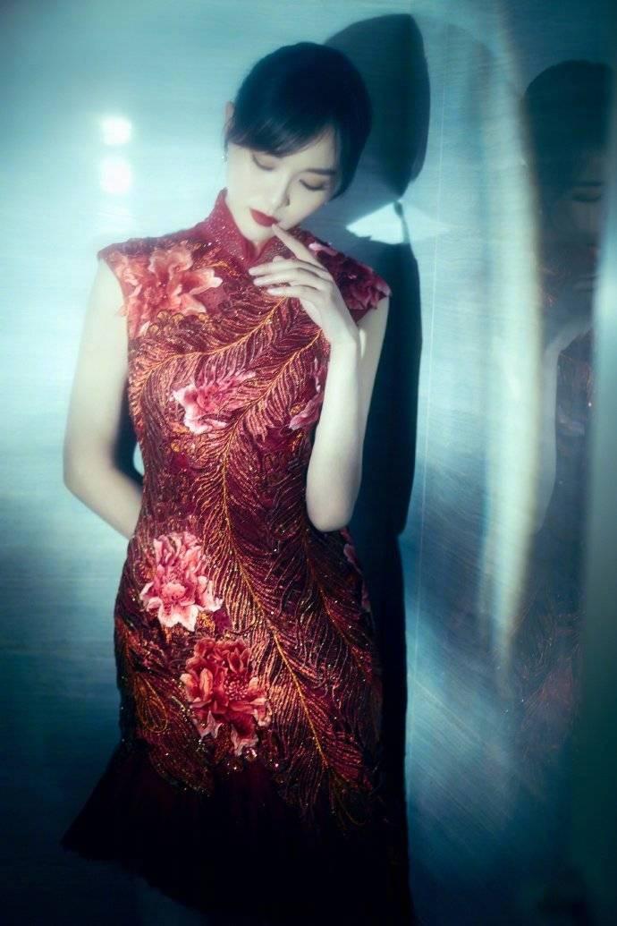 女明星旗袍look~唐嫣、韩雪、鞠婧祎、刘诗诗、赵丽颖、宋茜、戚薇、