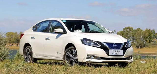 都是老牌新能源车企,在纯电轿车领域,比亚迪可以力压日产吗?