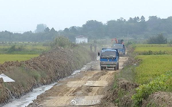 推进高标准农田建设 提高农业综合生产能力
