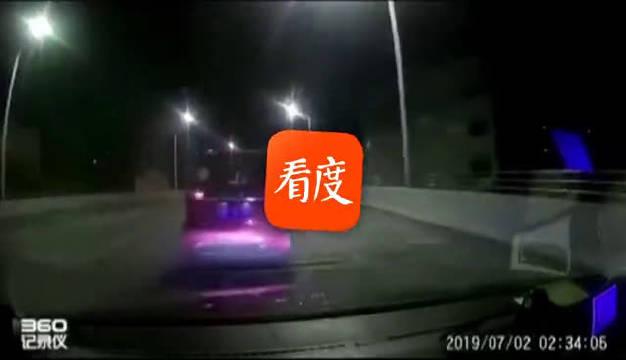 """广西柳州:实拍!出租车司机叫嚣:""""今晚我就玩死你"""