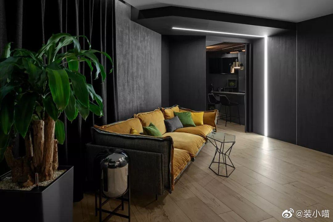 莫斯科高级黑灰公寓,灯带这样用才叫有个性