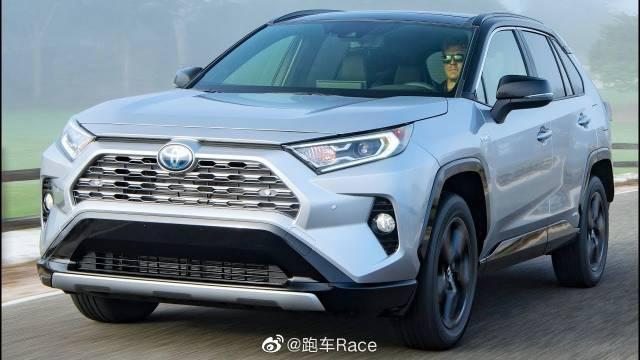 视频:2019年丰田RAV4 XSE HV -更专注于SUV外观
