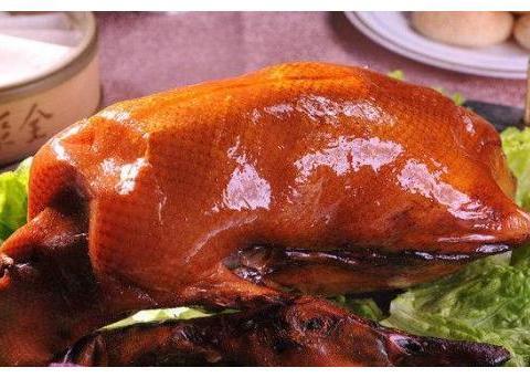 吃烤鸭时,店员问:鸭架熬汤还是炸?教你这样回答才不被坑