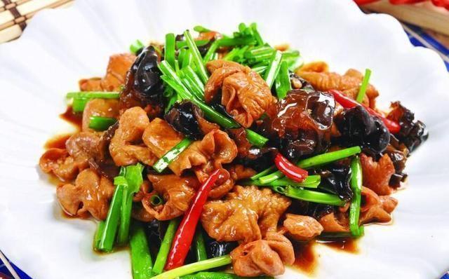 美食推荐:豆瓣全鱼,溜肉段茄子,木耳烧肥肠的做法