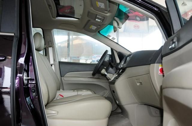 比亚迪M6非常拿得出手,享受开车乐趣,看看图片吧