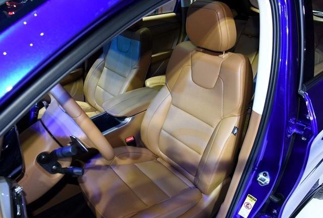 起售价不到8万的SUV!陆风荣曜是否真的物超所值?