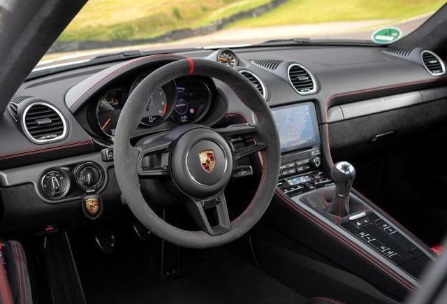 性能不输911,又一款超跑神车,保时捷718Cayman GT4 RS曝光