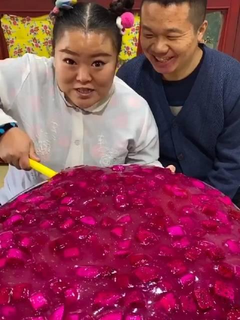 三东子(东北生活):  火龙果果冻,制作完成!
