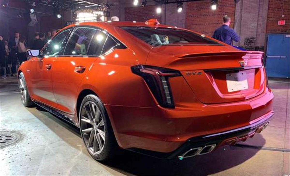凯迪拉克高性能车CT4-V/CT5-V亮相 搭2.7T/3.0T发动机