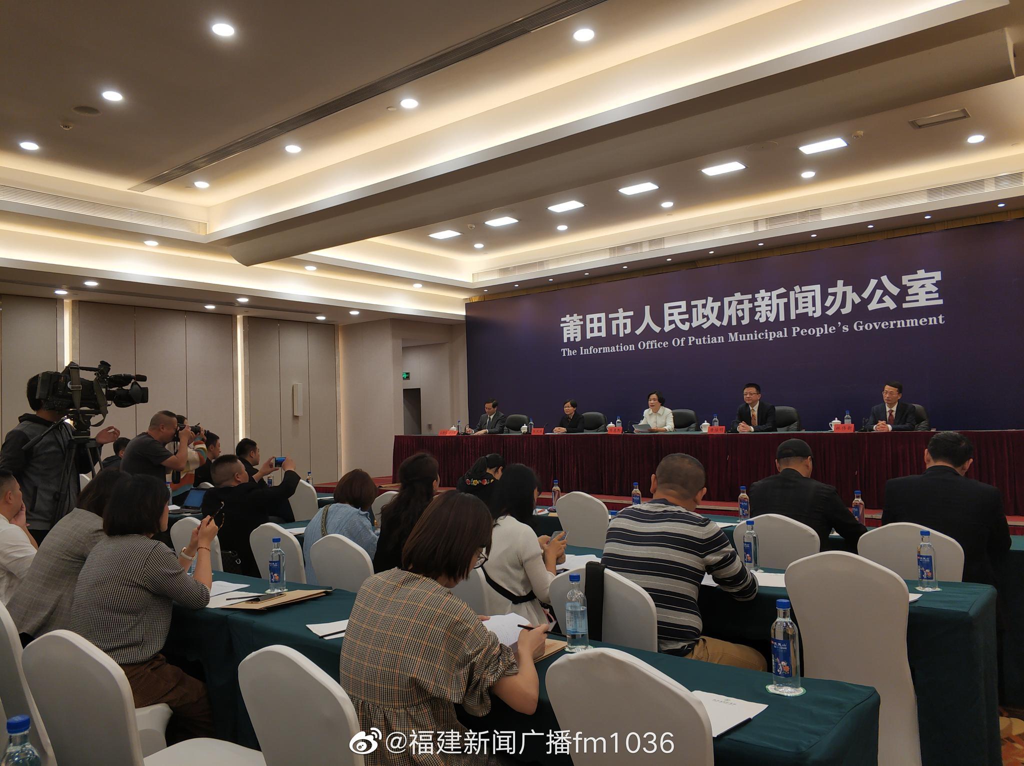 李永波现场解说指导,林丹鲍春来等名将巅峰对决