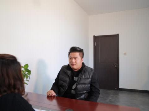 老师主动把学生家长请到办公室,他却说老师小题大做!