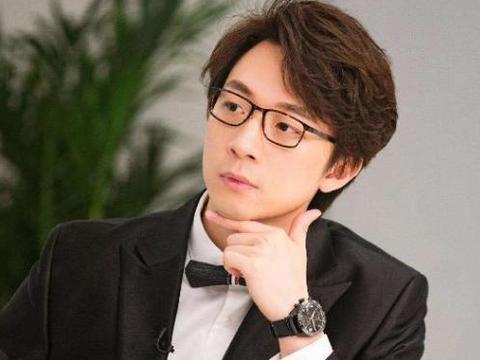 东方卫视的著名主持人陈辰,职业生涯顺利,还嫁了个优秀的老公