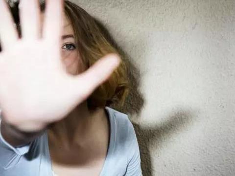 生气对女生的危害:忍一时卵巢囊肿,退一步乳腺增生