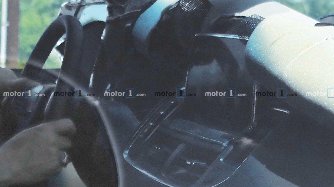 宝马全新3系旅行版官图发布;雷诺K-ZE天猫精灵定制版官图发布