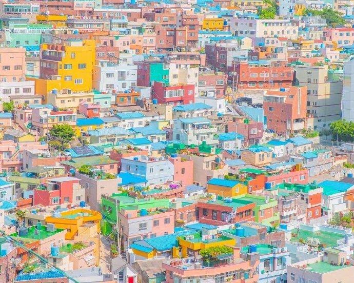 釜山是彩虹色的
