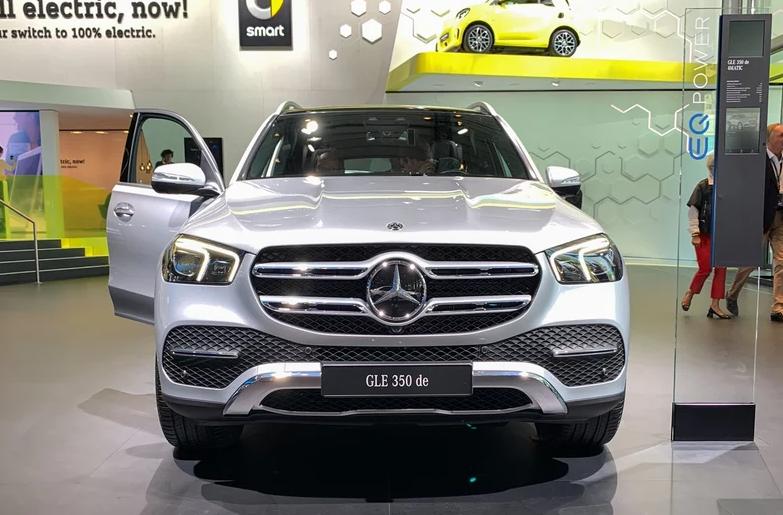 奔驰GLE上市,搭载2.0T发动机,百公里加速只需7.3S