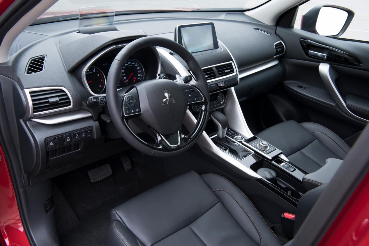 广汽三菱奕歌对比本田XR-V,谁才是15万级别SUV首选?