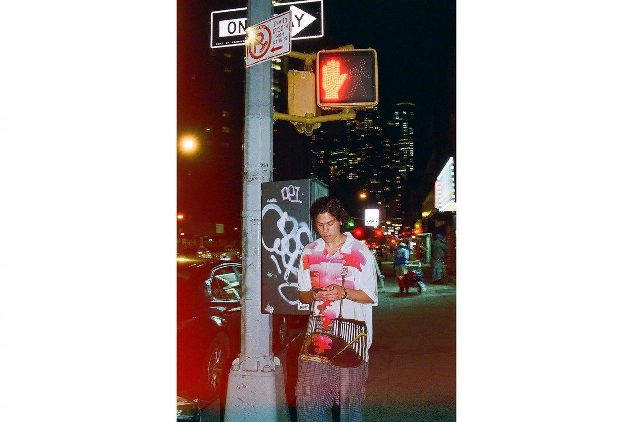 Supreme 与纽约摇滚乐队 The Velvet Underground 推出全新合作系列