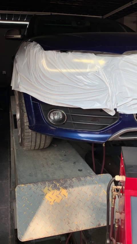视频:奥迪A4 Allroad日常保养 Motul DTCF变速箱油 等量交换循环清洗中