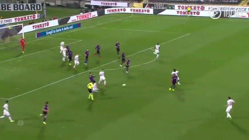 上半场比赛,恰尔汉奥卢头球首开纪录,1-0领先;下半场比赛