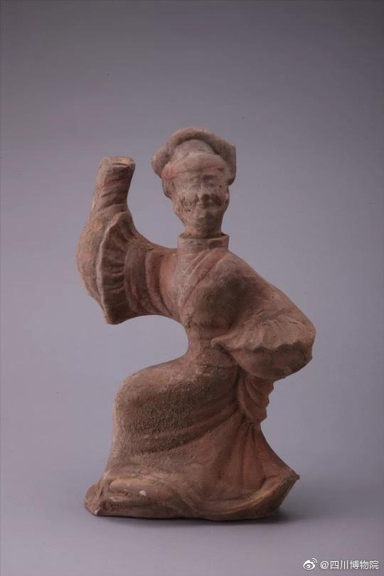 川博馆藏的汉代陶俑是独有的四川笑脸四川人的乐观与豁达图片