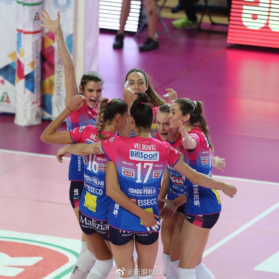 意大利女排联赛诺瓦拉主场迎战科内利亚诺上演2019年女排欧冠决赛重演