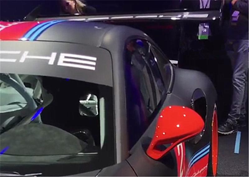 赛道版911,配防滚笼2秒多破百,限量200台,预售400万