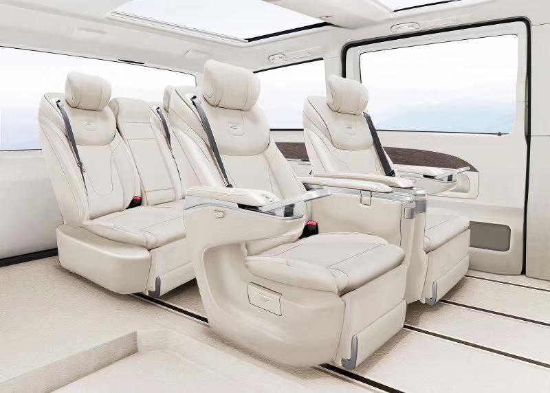 奔驰V260L尊贵版改装商务车,商务之星全国最低价!