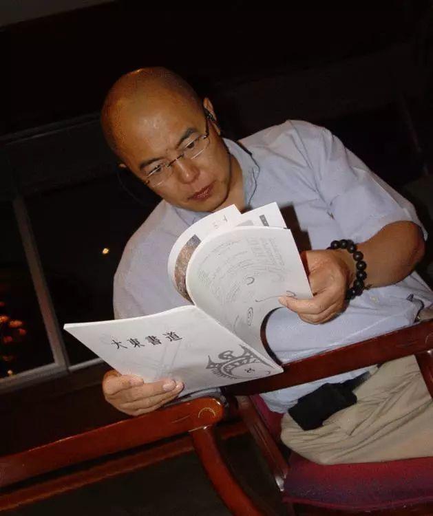 """这些明星竟都是""""书画家"""":赵忠祥爱画驴,陈道明酷爱书法"""