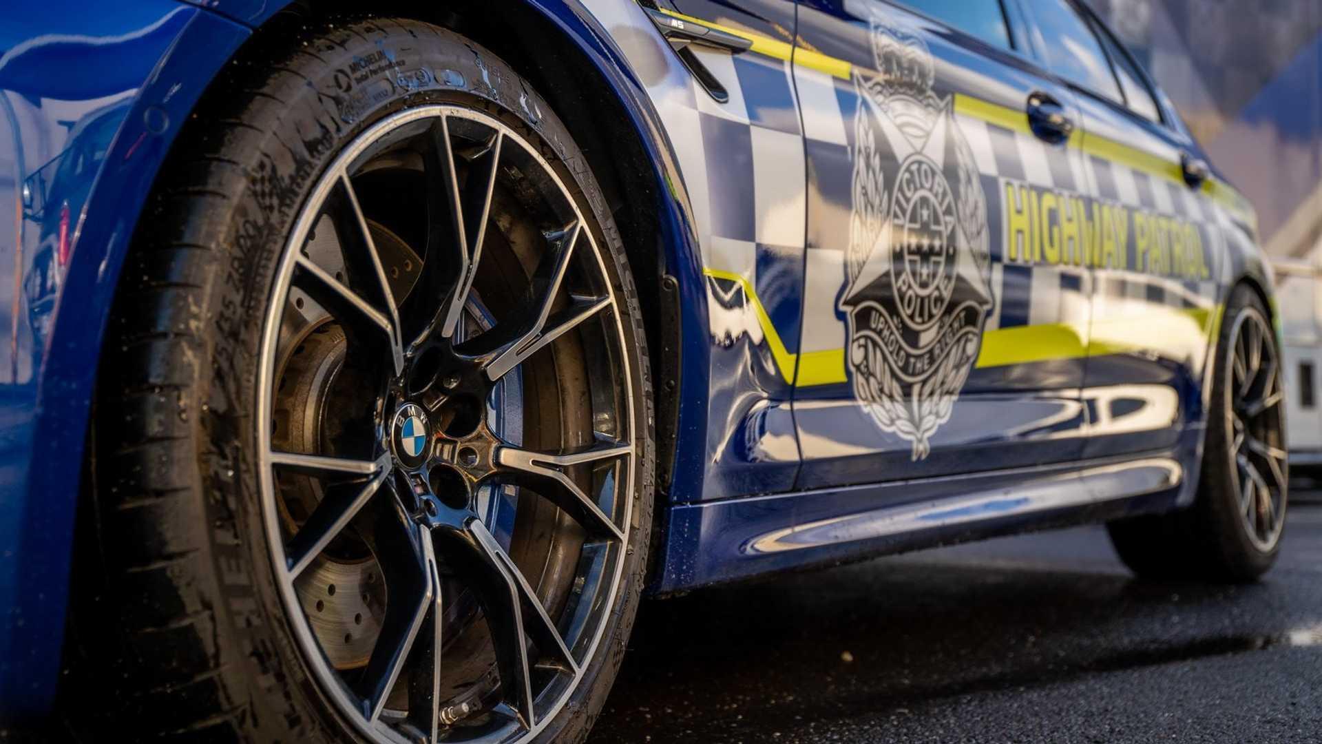 M5入列!澳大利亚警方喜提竞速猛兽
