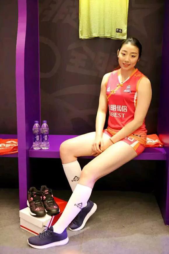 天津女排大战前负面多:李盈莹被质疑年龄造假,陈馨桐要取代姚迪图片