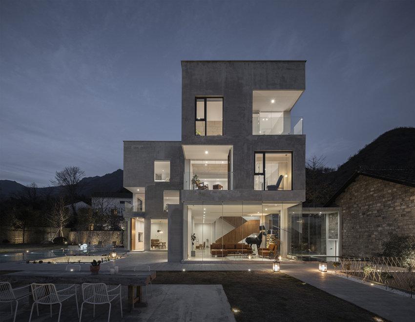 杭州偶寄精品民宿酒店是合设计工作室项目位于杭州临安太湖源天目