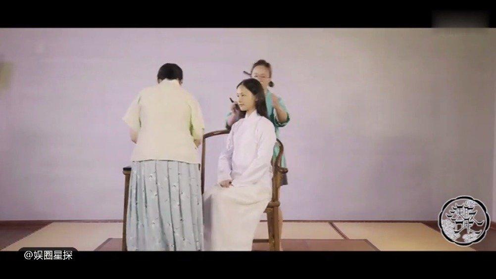汉服指华夏文明的传统服饰,包括唐、宋、明、汉等朝代